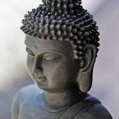 불교 석굴 부처 조각상