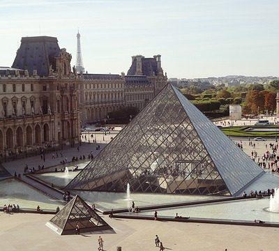 루브르박물관 피라미드 프랑스 파리
