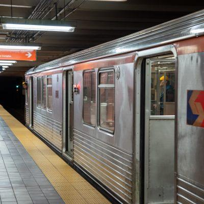 지하철 전철 철도 역사 대중교통