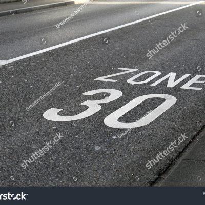 도로 속도제한 표지판