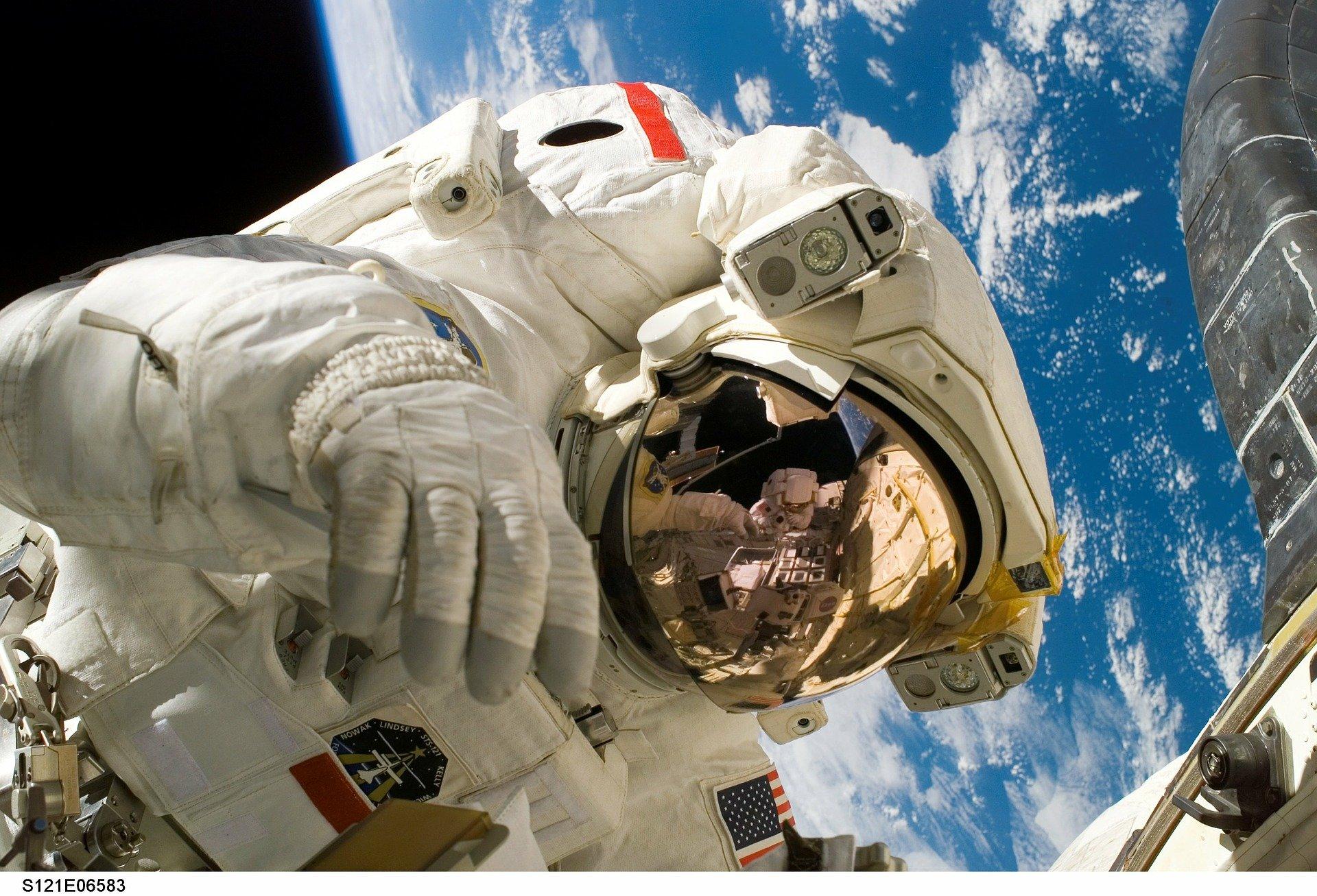 우주정거장, 우주비행사, 핵심모듈텐허, ISS