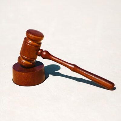 재판, 법원, 범죄