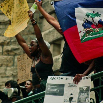 아이티, 시위