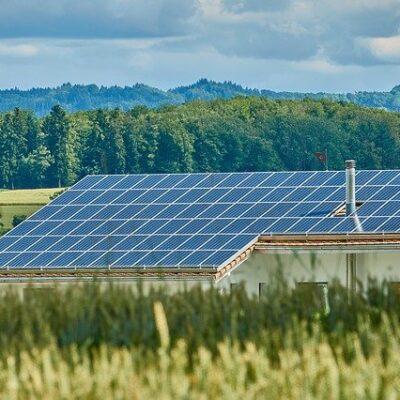 2050 탄소 중립, 태양광 발전 설비 의무화, 일본