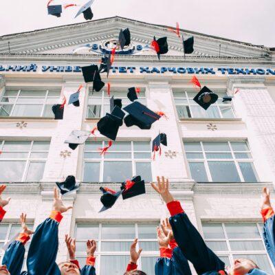 학교 교육 수업 졸업